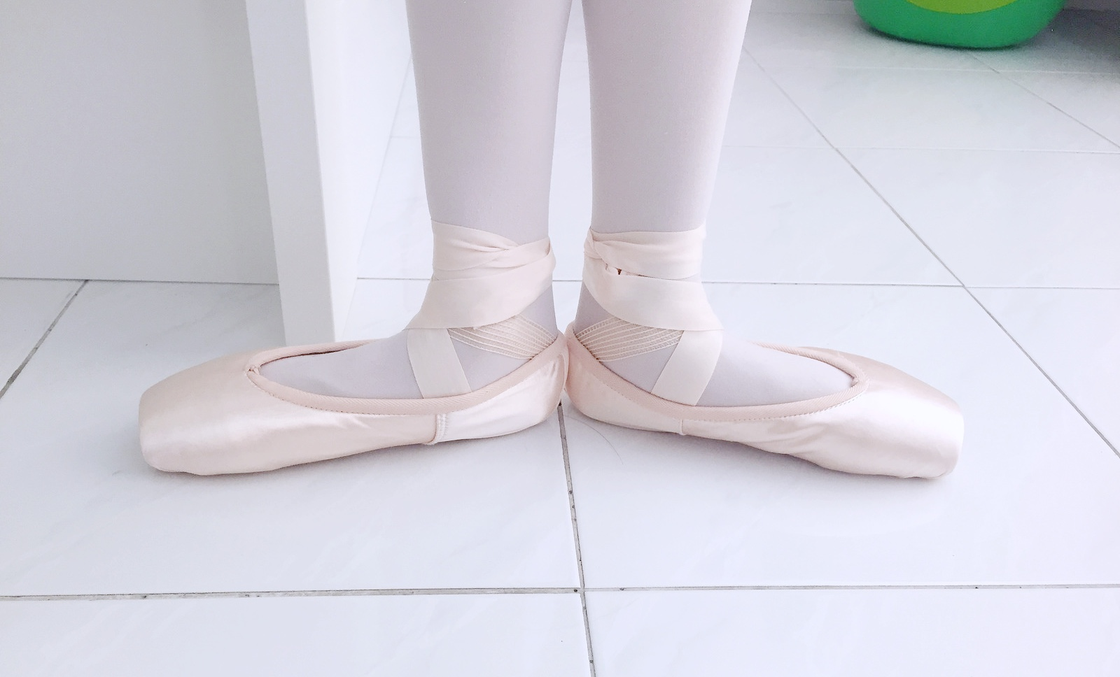 Origami ballet shoes image collections craft decoration for Ballet shoes decoration